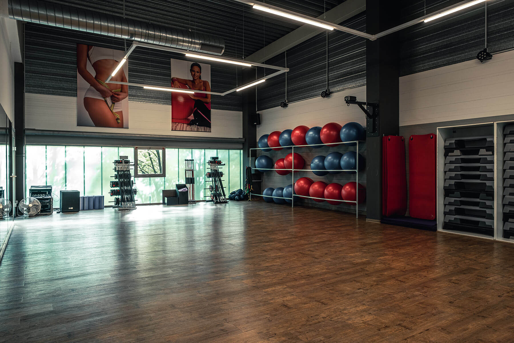 fitness gym hilden kursraum