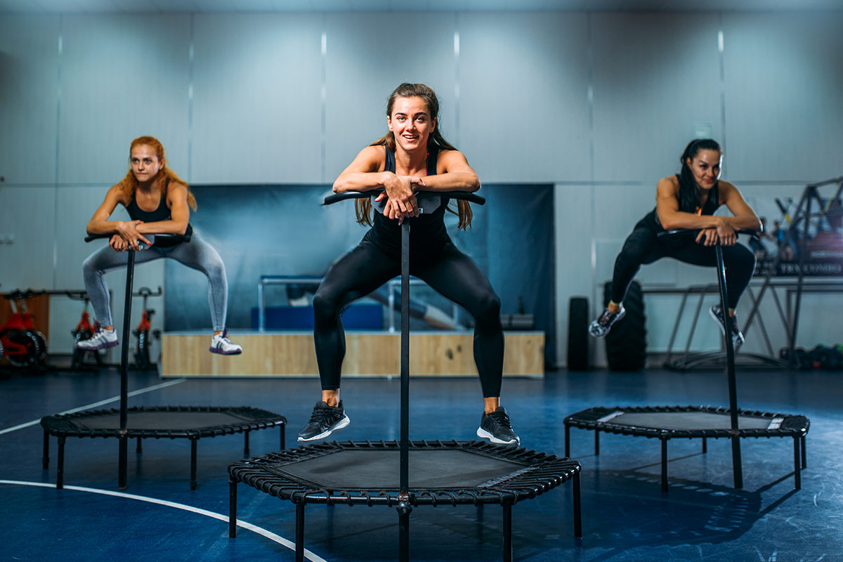 jumping fitness trampolin training fitness gym